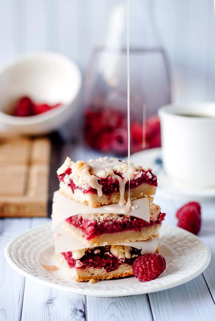 Easy Raspberry Shortbread Bars | asimplepantry.com