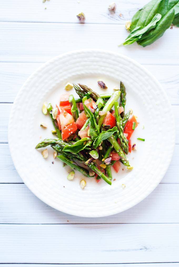 Tomato and Asparagus Salad | asimplepantry.com