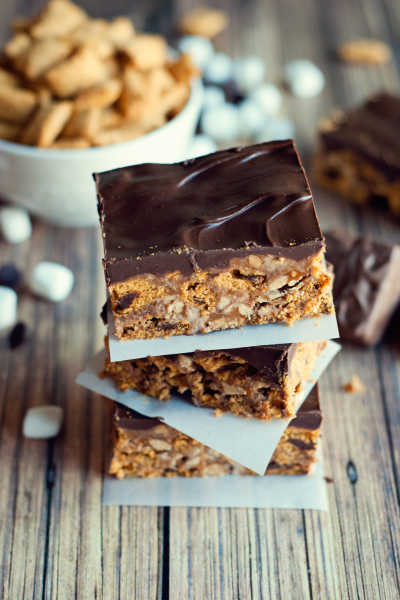 Snickers Cereal Bars Dessert Recipe