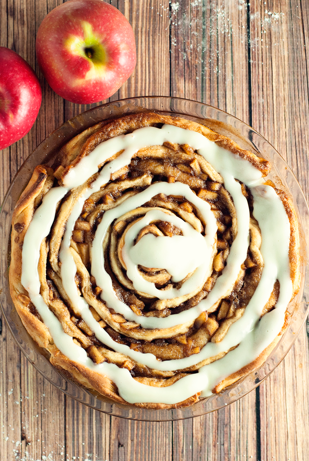 Spiced Apple Cinnamon Roll Cake | asimplepantry.com