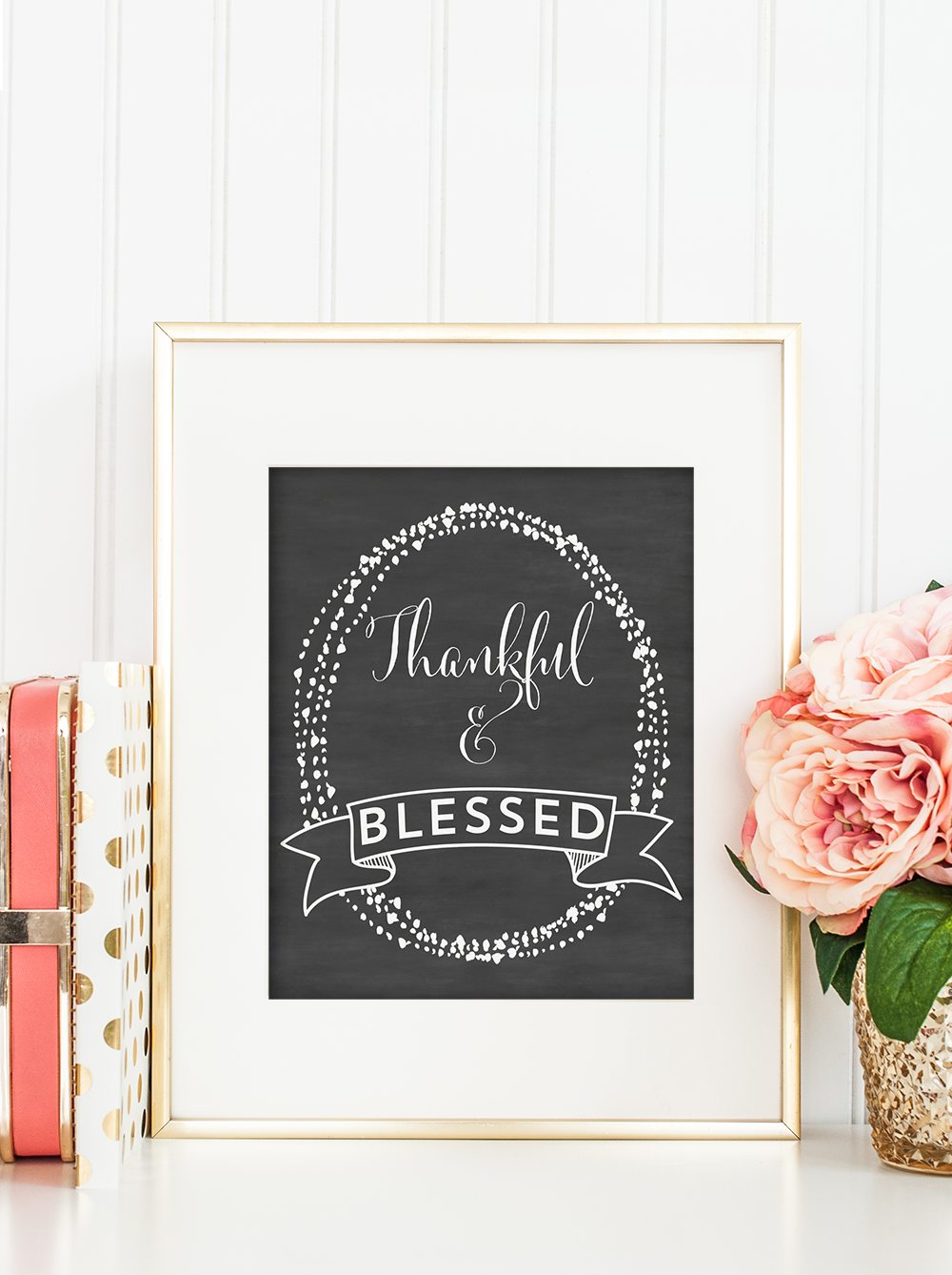 Get these wonderful Thanksgiving chalkboard printables and celebrate the season in style! 3 different printables, all 8x10 inches!