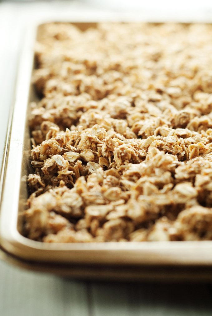 Easy French Toast Granola | asimplepantry.com