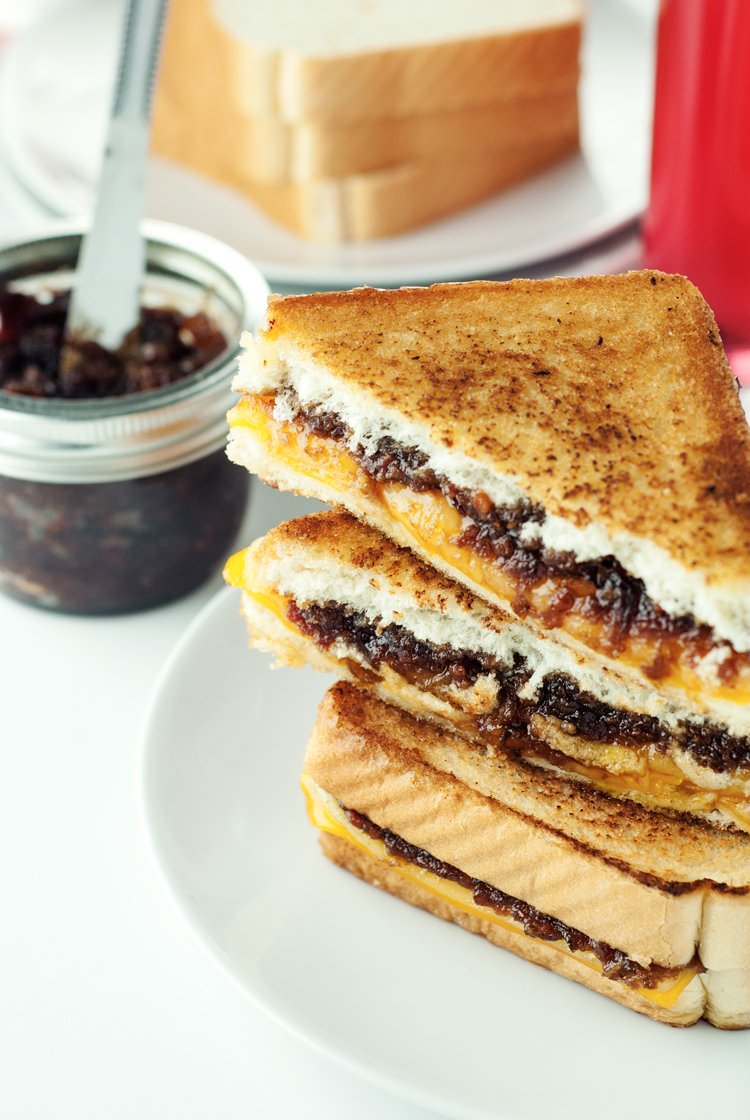 Bacon Jam Grilled Cheese | asimplepantry.com