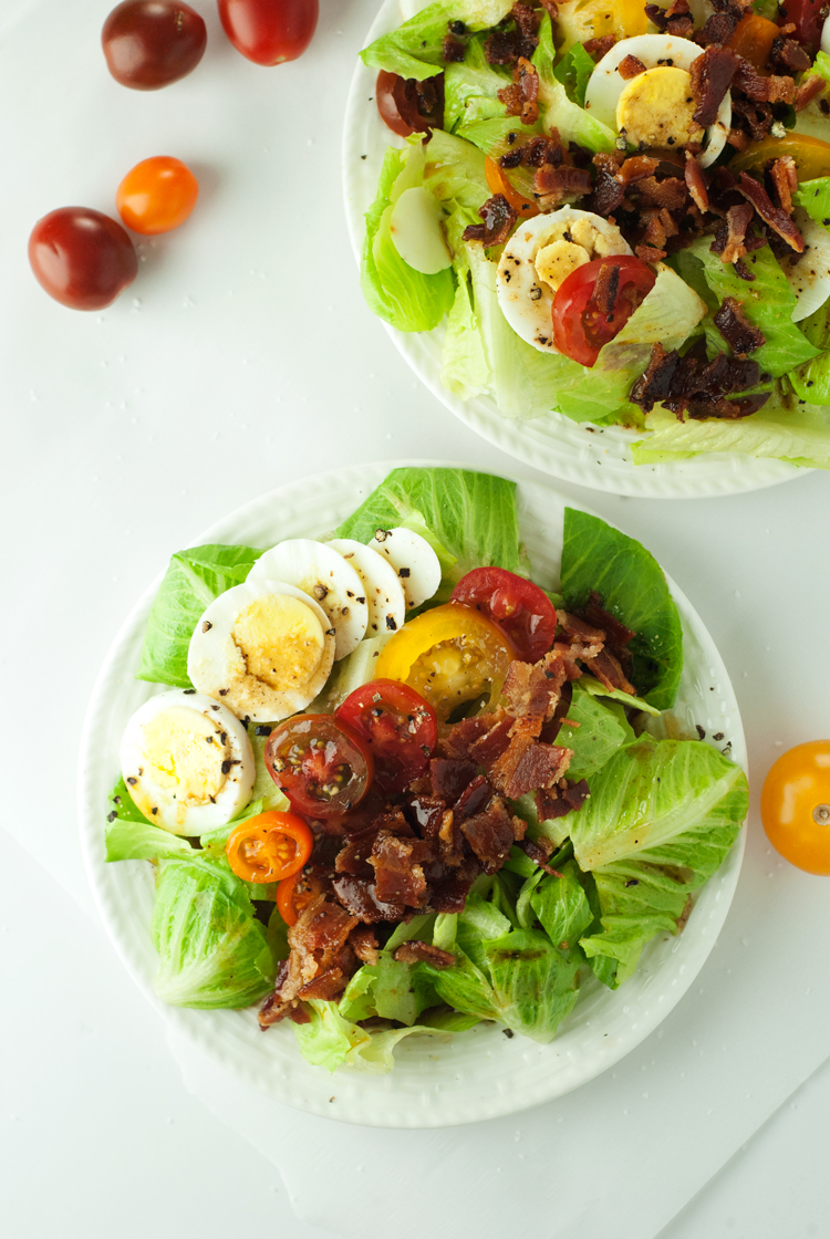 Heirloom Tomato BLT Salad with Warm Bacon Dressing | asimplepantry.com