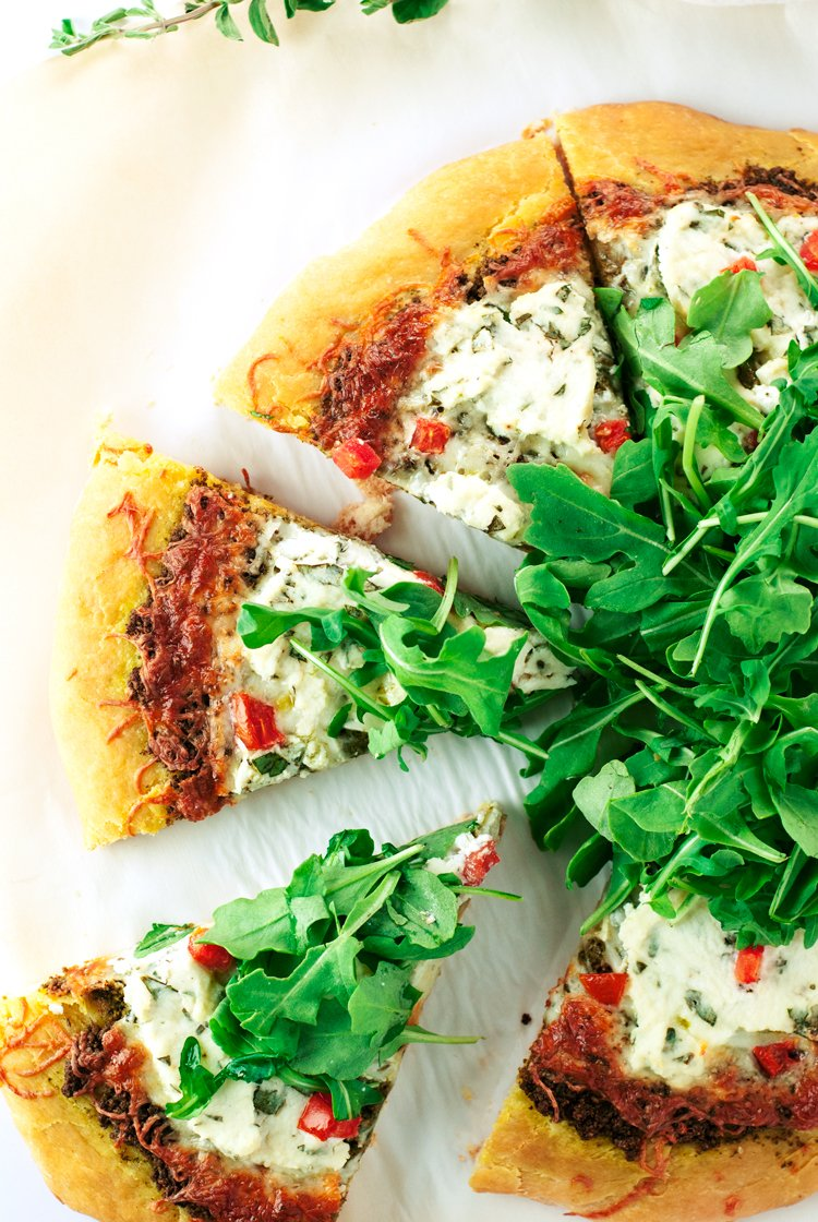 Walnut Pesto Pizza with Herbed Ricotta, Tomato, and Arugula | asimplepantry.com