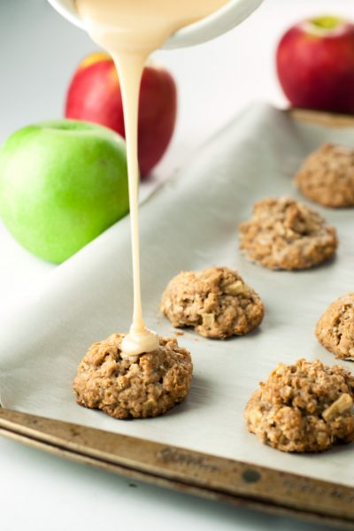 Caramel Apple Oatmeal Bites