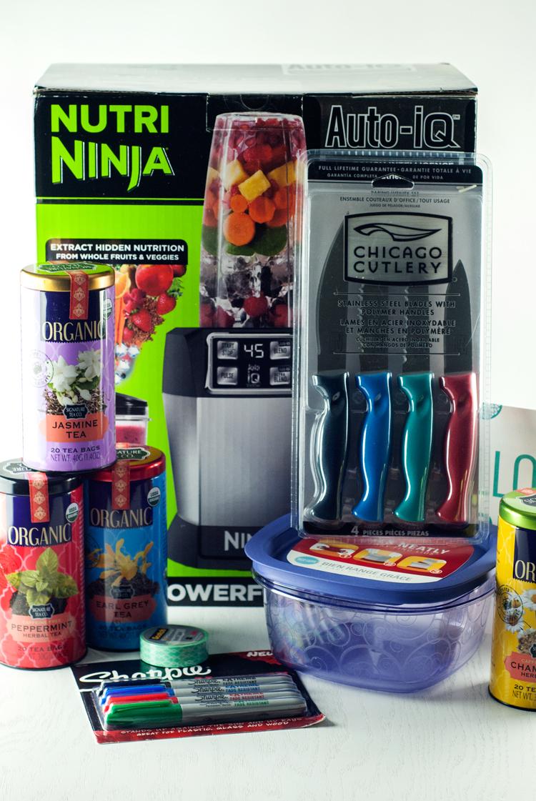 Holiday Acorn Box | asimplepantry.com
