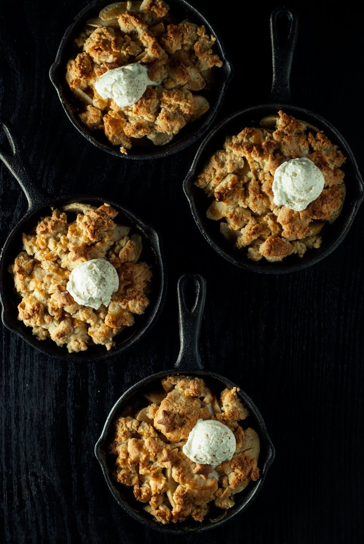 Salted Caramel Apple Cobbler | asimplepantry.com