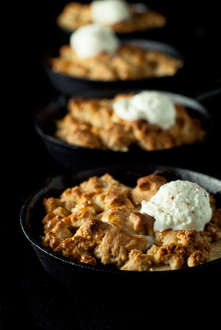 Salted Caramel Apple Cobbler | asimplepantry.com