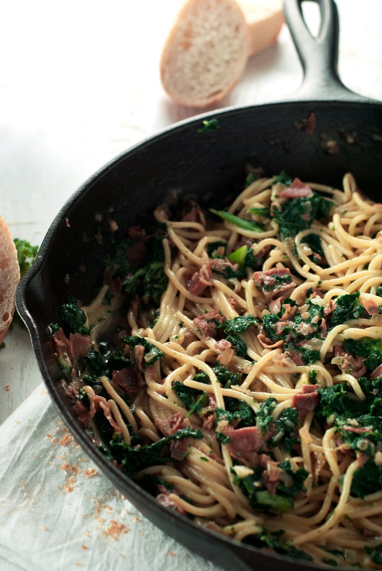 Spaghetti Carbonara with Kale and Prosciutto | asimplepantry.com