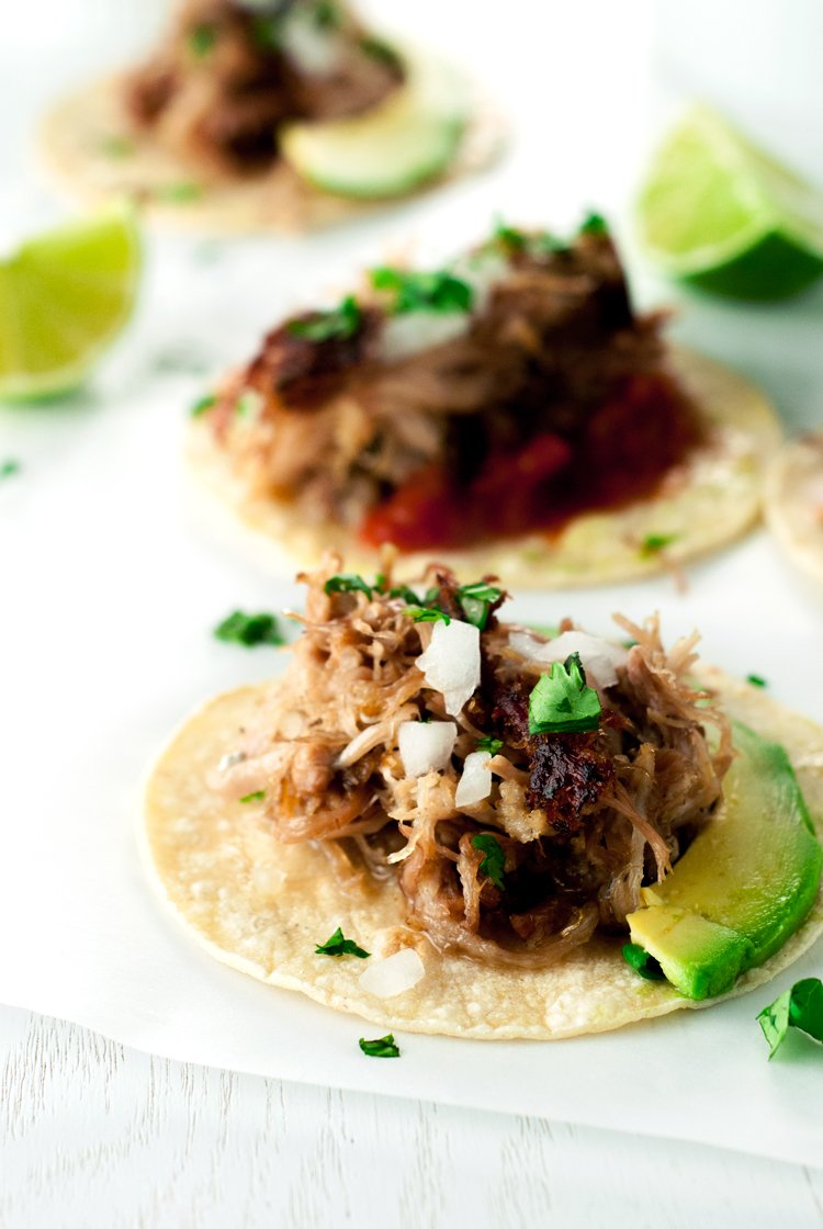 Juicy, flavorful, and so super easy, this slow cooker Mexican pork carnitas recipe is a MUST TRY! | asimplepantry.com