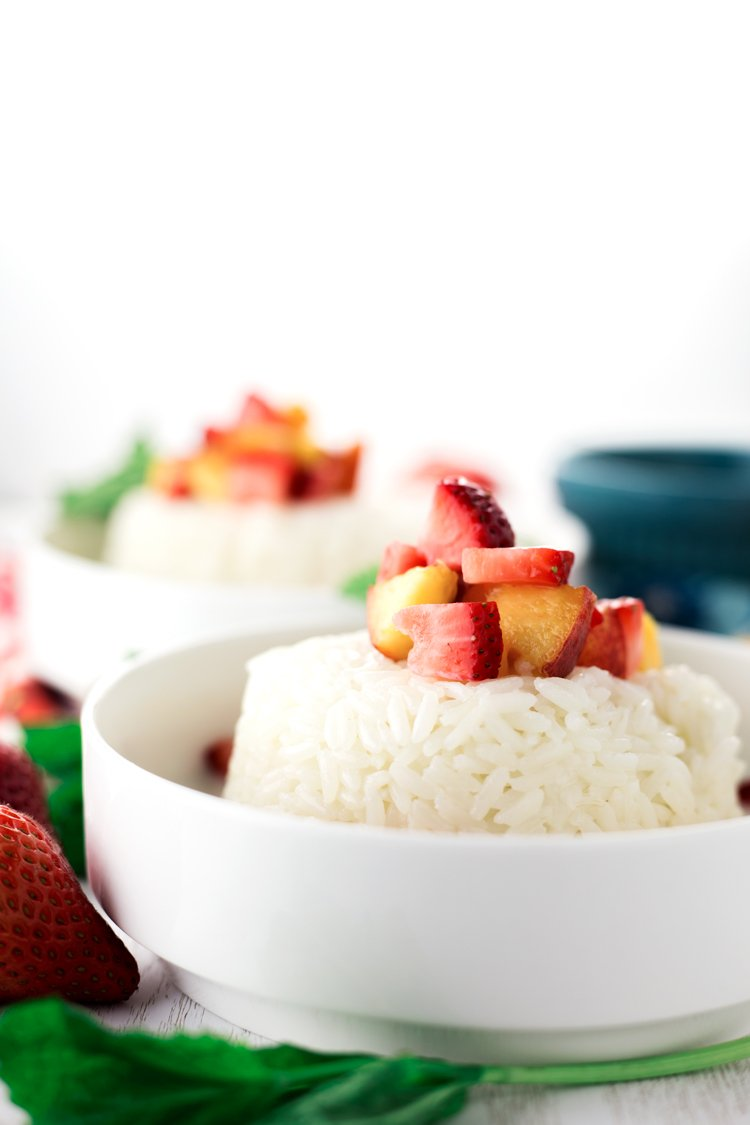Have a simply sweet dessert when you make this Cinnamon Sweet Rice with Fresh Fruit! Mix it up with the best seasonal fruit around! | asimplepantry.com