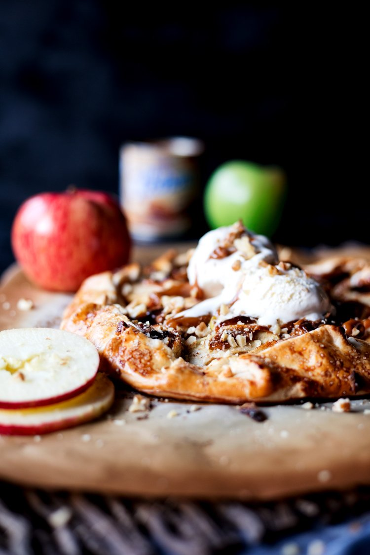 This is the best fall dessert you'll ever try, so get baking with this Dulce De Leche Apple Galette today! | asimplepantry.com