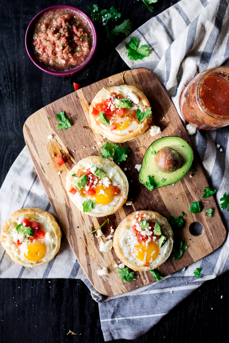 Have a fun and funky breakfast with this modern and Southwestern twist on the traditional Egg In A Hole! Delicious! | asimplepantry.com