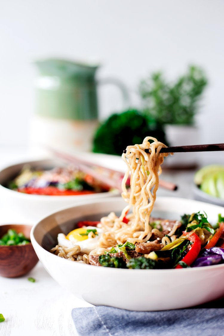 A flavorful dinner in a snap, these 20 Minute Stir Fry Teriyaki Ramen Bowls are perfect for any day of the week! | asimplepantry.com