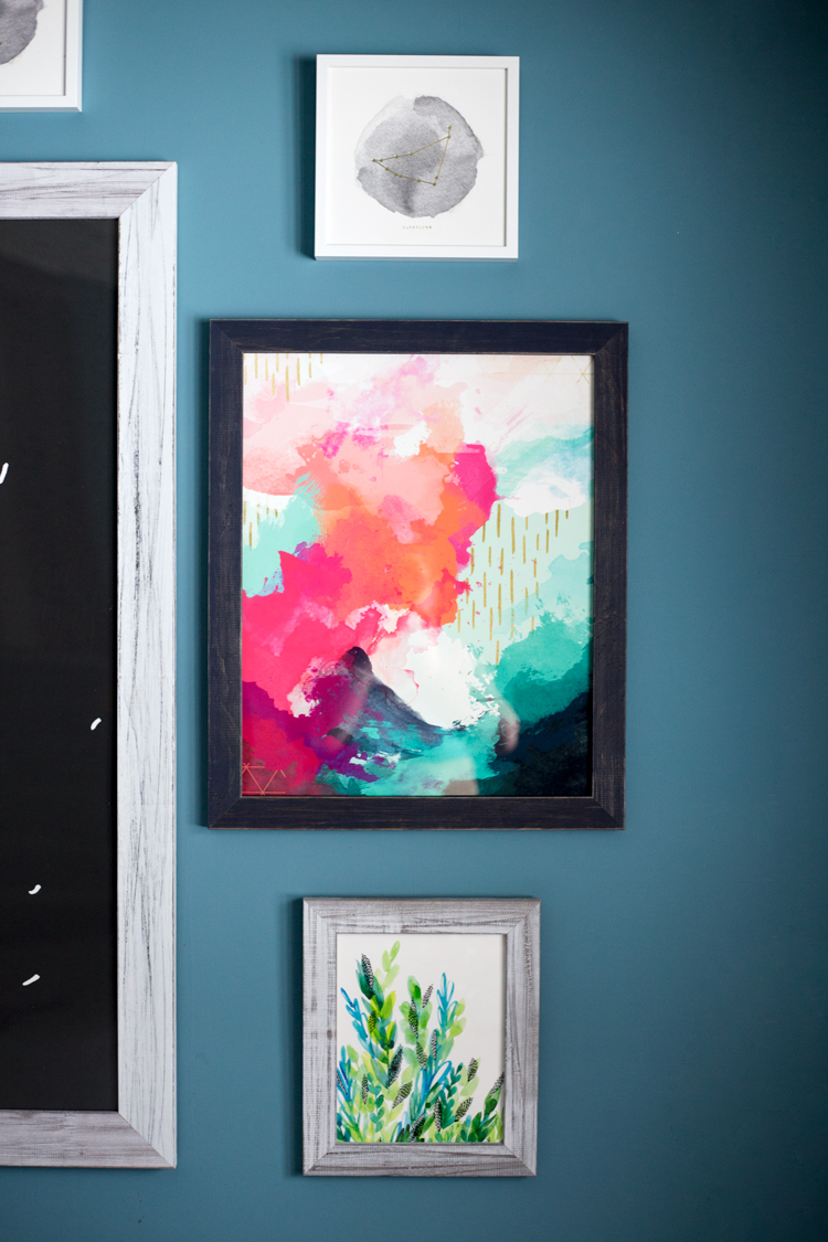 Not ready to remodel? Then redecorate! With these stunning art pieces from @Minted, transforming a room is a breeze! | asimplepantry.com